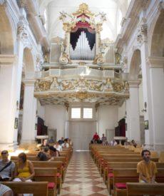 u_katedrali_04
