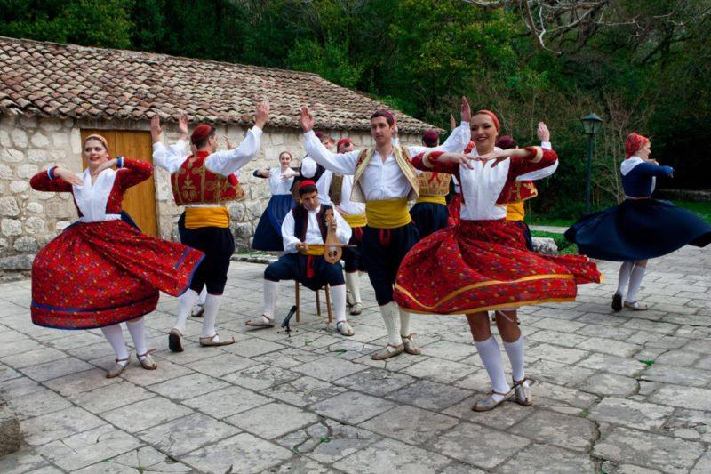 Tradicionalni humanitarni koncert za Udrugu slijepih Dubrovnik - Folklorni ansambl Linđo