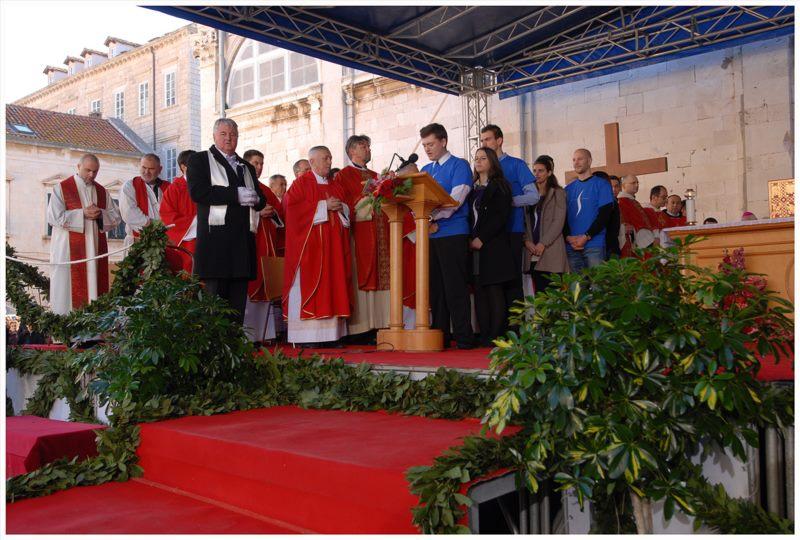 Svečana sveta misa, a potom procesija