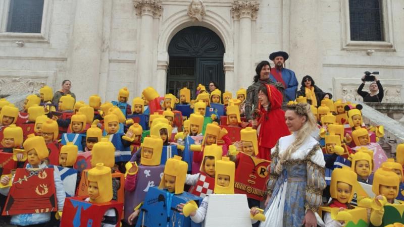 Izložbom karnevalskih maski, kostima i fotografija započeo Dubrovački karnevo