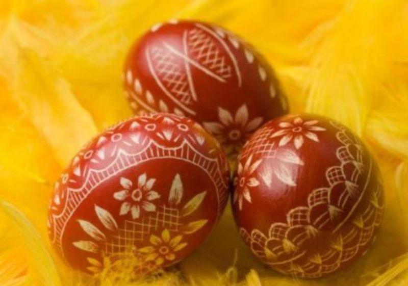 Podjela 500 Uskrsnih jaja na Stradunu
