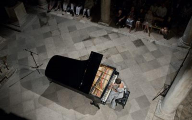 Naira Asatryan, klavir