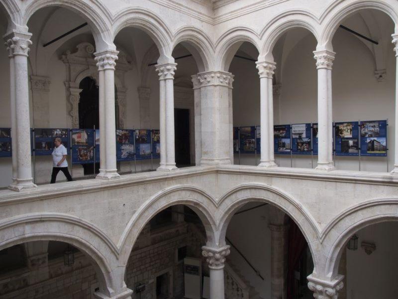 Izložba utjecajnih baštinskih projekata u Kneževu dvoru