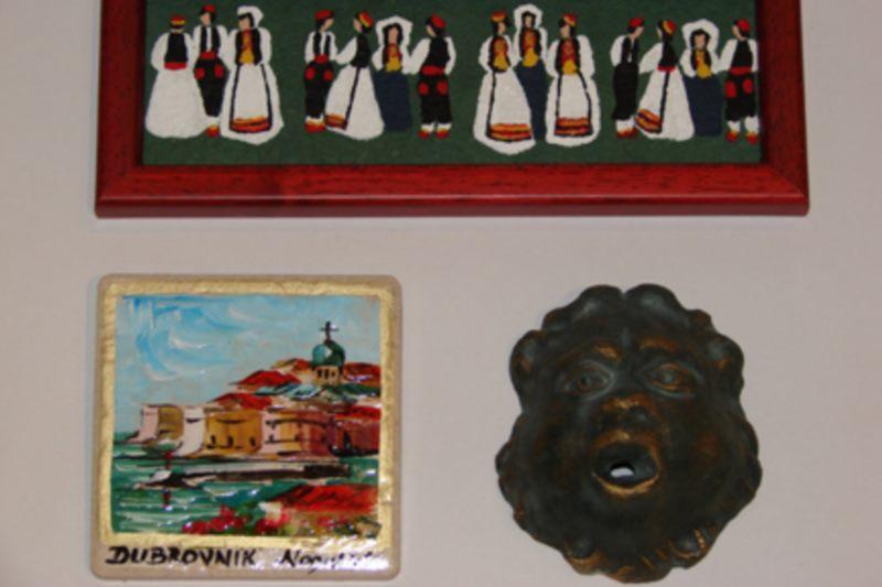 Medusa Gift and Art Shop