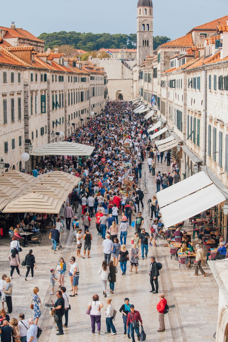 THE TRADITIONAL DUBROVNIK TABLE RAISED A RECORD-BREAKING AMOUNT FOR HUMANITARIAN PURPOSES