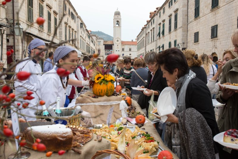 Dubrovnik table