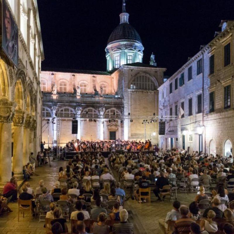 Dubrovnik Symphony Orchestra | Eduardo Strausser, Conductor | Goran Filipec, piano