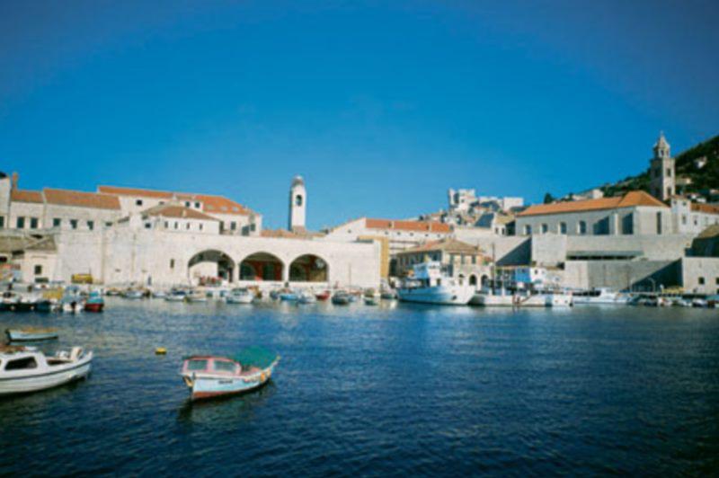 El puerto de la ciudad