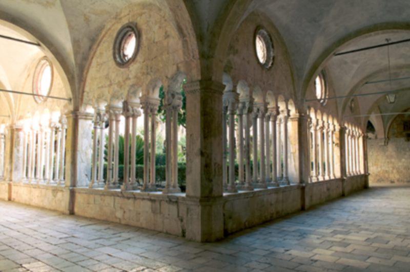 La bibliothèque franciscaine