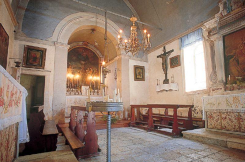 La chapelle Saint-Nicolas de Škar