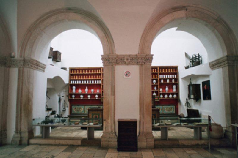 La pharmacie franciscaine